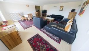 wohnzimmer-ferienwohnung6